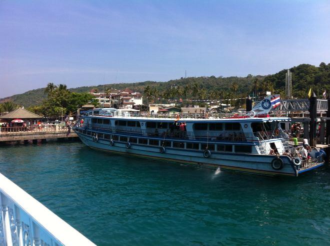 Big ships to Koh Phi Phi