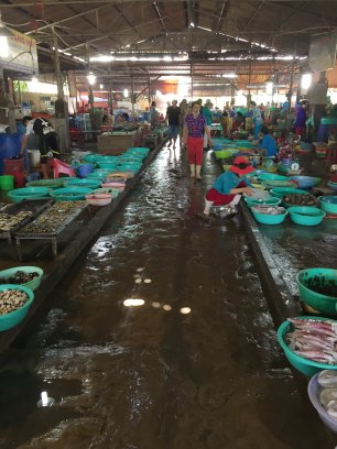 The market that has cheap and fresh seafood