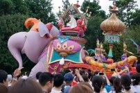 parade-aladdin-prince-elephant-disneyland-thebroadlife-travel-wanderlust-tokyo-japan-asia