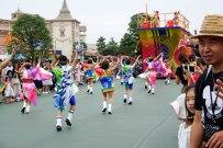 parade-dance-disneyland-tokyo-japan-thebroadlife-travel-wanderlust-asia4