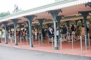 queue up buying ticket